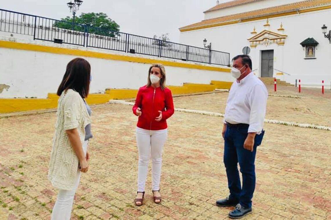 Ballesteros, Jiménez y Montero en el Águila, antes de presentar el proyecto a la Corporación